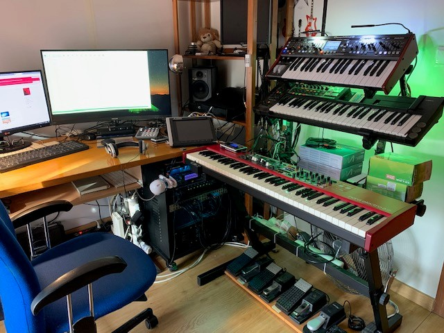My Little home studio (Oct 2019)_1.jpg